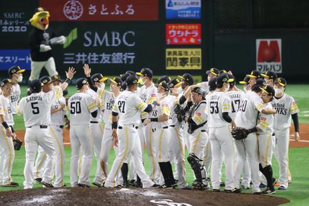 ソフトバンク、パ初4年連続日本一=巨人に2年続けて4連勝―プロ野球日本シリーズ