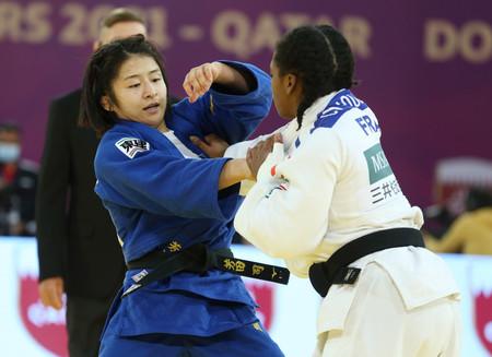 女子57キロ級で五輪代表の芳田が優勝=渡名喜は2位―柔道マスターズ